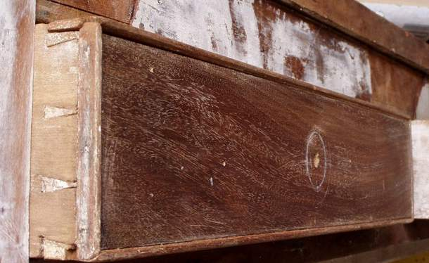 Identifying Antique Table by Dovetails