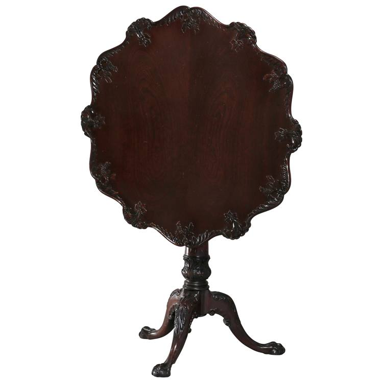 Antique American Empire Carved Mahogany Pie Crust Tilt-Top Table, 19th Century