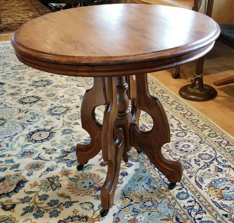 Antique Victorian round walnut parlor table