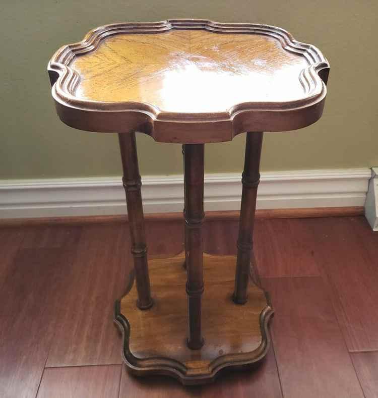 Brandt Pedestal Table