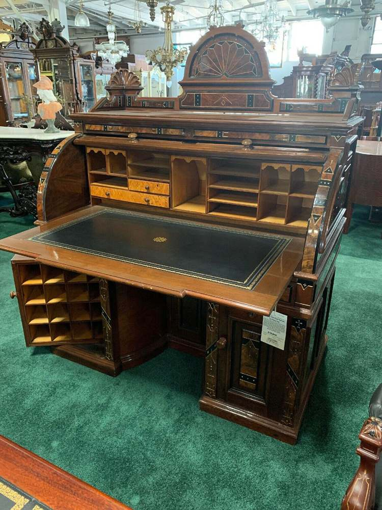 Wooton Extra Grade Cylinder Top Rotary Desk