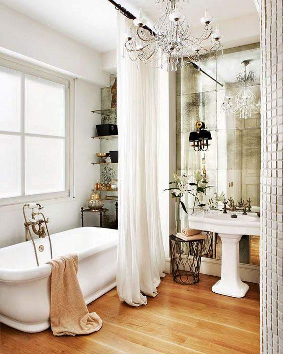18. Faded Mirror Wall In Bathroom