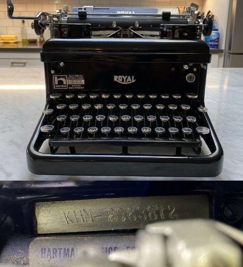 1937 ROYAL KHM TYPEWRITER STANDARD MANUAL SERIAL