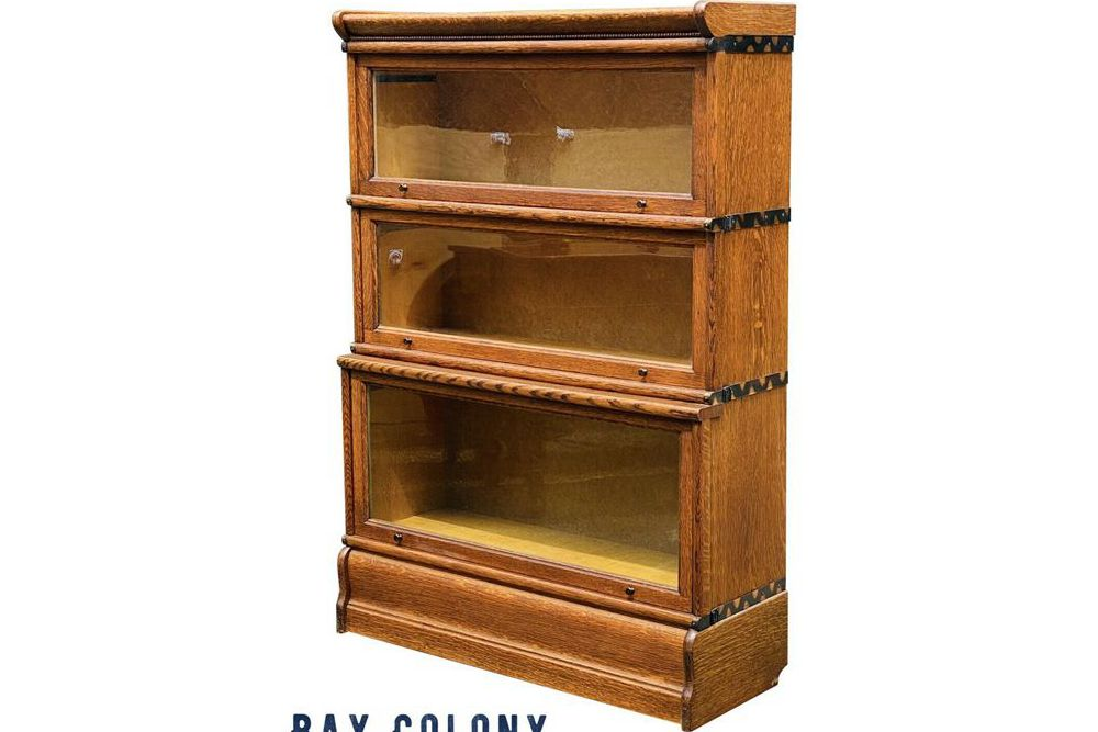 Antique Bookcase Guide – Everything You Need to Know