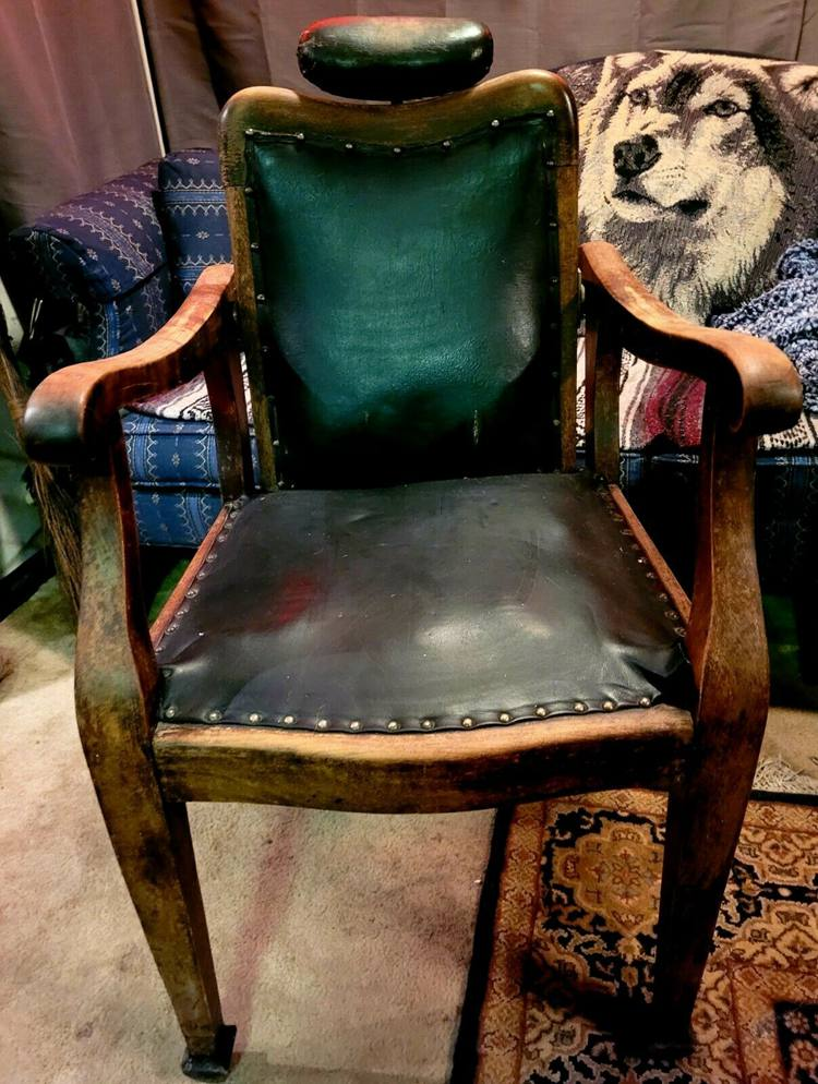 Antique Dentist Barber Chair Marked K-26 LOCAL PICKUP ONLY Boltabilt Made in US