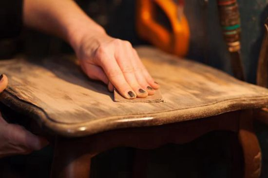 Antique Furniture Restoration Guide – Everything You Need to Know