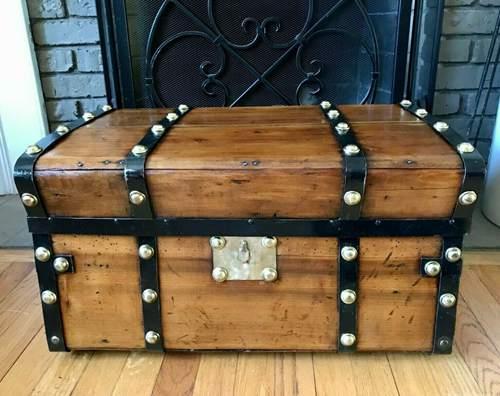 Jenny Lind Steamer Trunk Dome Top Trunk Barrel Top Antique Vintage Chest