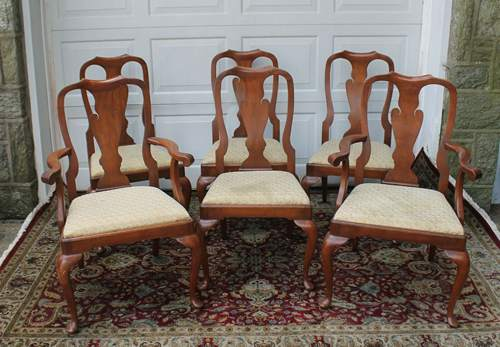 Set of six Henkel Harris Black Cherry Queen Anne chairs models 110a and 110s