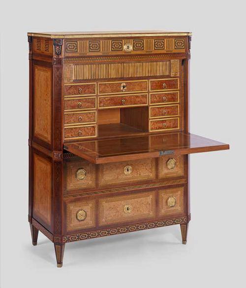 drop-leaf 'secretaire a abattant' desk