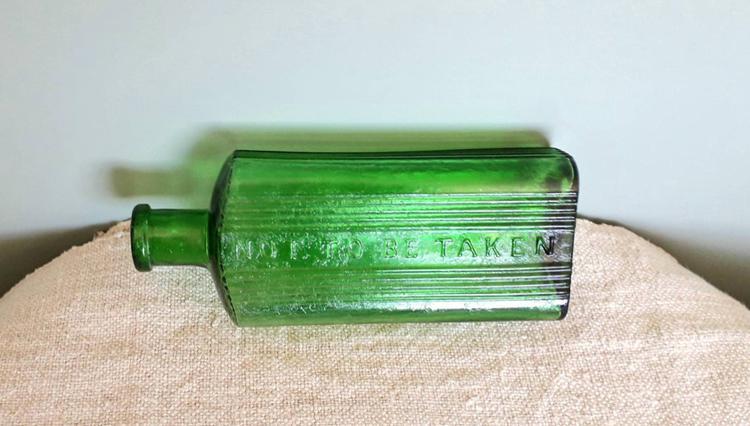 Antique Green Chemist Poison Bottles, Old Glass Pharmacy Bottle