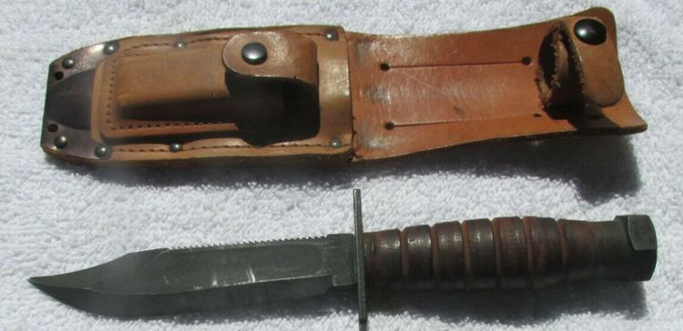 US Military Camillus N.Y. 3-1985 Fighting Pilot Fixed Blade Survival knife