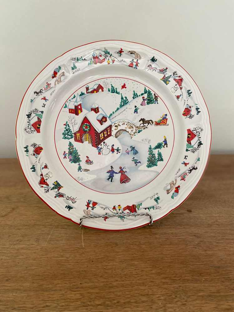 Nostalgic Decorative Plates