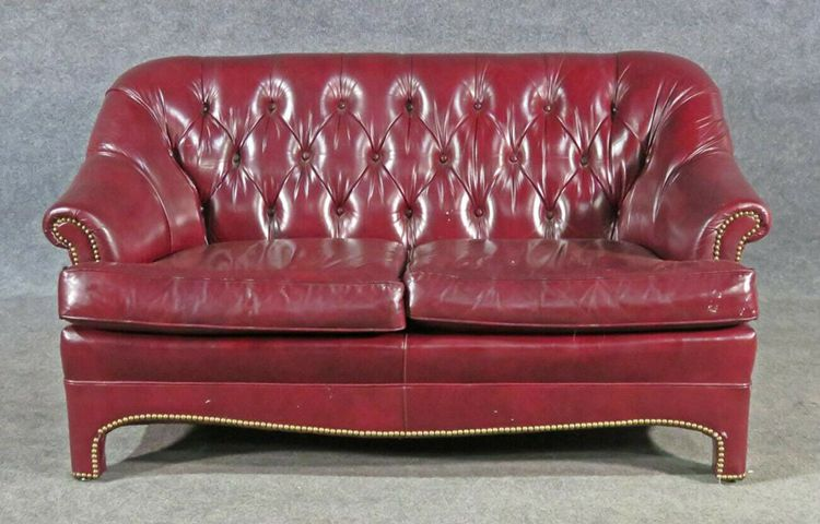 Burgundy Red Leather English Style Chesterfield Settee Loveseat Leathercraft