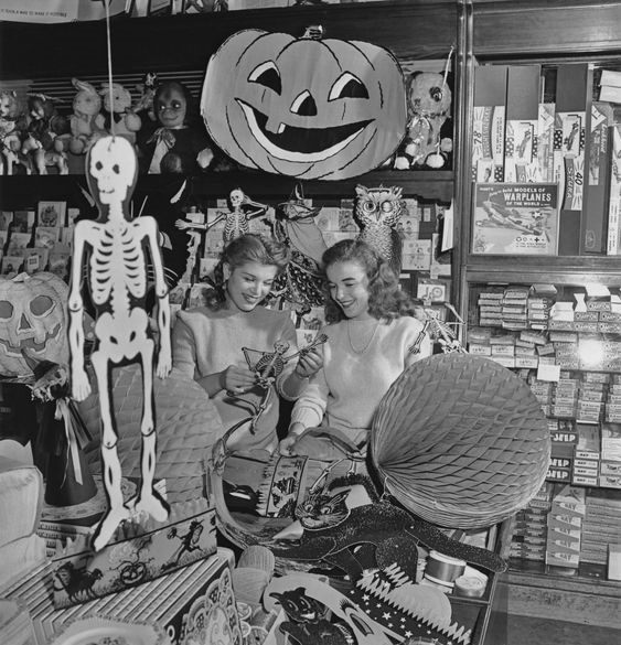 Vintage Halloween Decorations In The 1940s